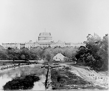 U.S. President Lincoln insisted that construction of the United States Capitol continue during the Civil War.