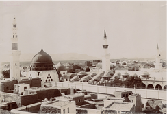 A picture of old Medina with the Green Dome in frame. The dome was built during the Mamluk period, but given its signature color by the Ottomans nearly 600 years later.