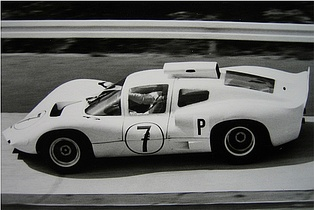 Joakim Bonnier 1966 in the Chaparral 2D during practice at the Nürburgring