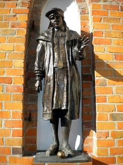 Statue of King Eric at Darłowo Castle in Poland