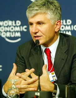 Serbian prime minister Zoran Đinđić speaks at the 2003 World Economic Forum in Davos on 24 January 2003