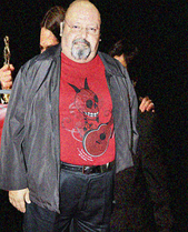 Color photo of Carlos Cobos.