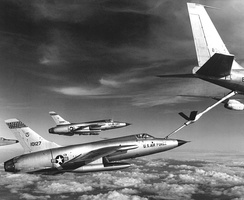 F-105 Thunderchiefs refueling by a flying boom.
