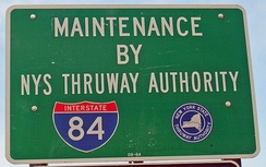 Thruway Authority maintenance sign at onramps on I-84
