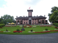 The main pavillon of the Waux-Hall.