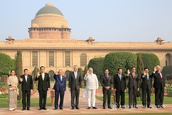 Prime Minister Thongloun Sisoulith with Indian Prime Minister Narendra Modi and ASEAN heads of state in New Delhi on 25 January 2018