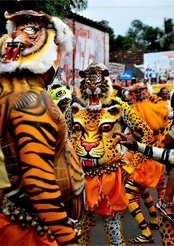 Puli Kali is the colourful folk art which can be viewed on the fourth day of Onam celebrations.