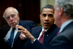 President Barack Obama, flanked by Paul Volcker, left, and General Electric Chief Executive Officer Jeffrey Immelt, right, during a meeting of the Economic Recovery Advisory Board in the Roosevelt Room of the White House.