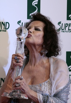 Cardinale at the Women's World Awards in 2009