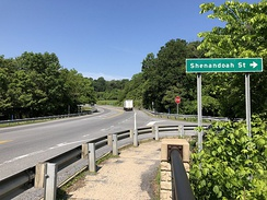 The junction of US 340 and unsigned US 340 Alternate in Harpers Ferry