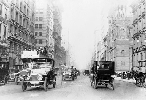 Fifth Avenue, 1918