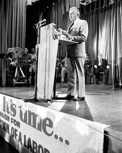 Gough Whitlam during the 1972 federal election.