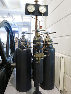 Air-blast injection system for a 1898 diesel engine