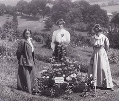 Suffragettes Adela Pankhurst, Jessie and Annie Kenney at Eagle House in 1910