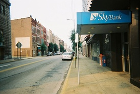 4th Street in Steubenville, the SkyBank branch now a Huntington branch, 2006.