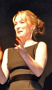 Leslie Manville received critical acclaim and multiple nominations for her supporting role in Phantom Thread.