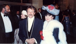 Williams and Yola Czaderska-Hayek at the 62nd Academy Awards in 1990