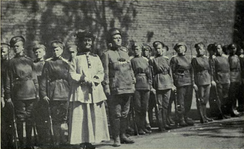 Maria Bochkareva and Pankhurst with women of the Women's Battalion of Death, 1917