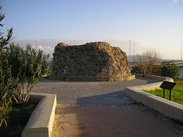 Torre del Almirante, residence during the siege of Egidio Boccanegra