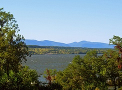 "Views of the Catskills from the Hudson like this led to the name ""Blue Mountains"" for a time."