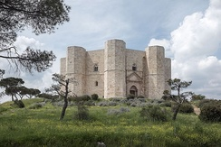 Home of the King of Highhills and his daughter (Castel del Monte)