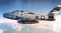 405th Fighter-Bomber Wing Republic F-84F-35-RE Thunderstreak 52-7043, Langley AFB, Virginia, 1955