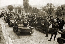 Bulgarian CV-33 tankettes, early 1930s