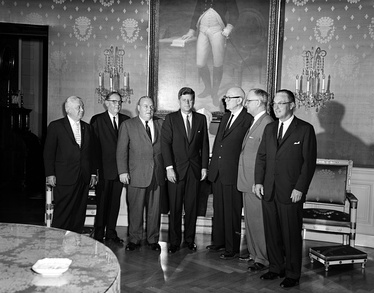 Hon. Robert B. Chiperfield (2nd from left) at a congressional coffee hour with President John F. Kennedy (center) and other congressmen on 14 September 1961 (White House Photographs, John F. Kennedy Presidential Library and Museum).