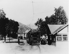 Sierra Madre 1908 with PE line Depot and the Hotel Shirley in background