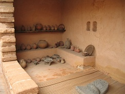 A reconstructed Israelite house, 10th–7th century BCE. Eretz Israel Museum, Tel Aviv.