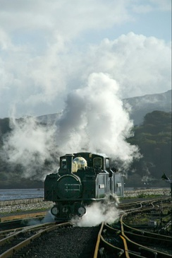 The Earl of Merioneth coming onto the train at Porthmadog