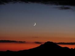A crescent Moon over Kingman, Arizona