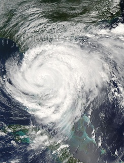 Hurricane Frances making landfall on Hutchinson Island near Port St. Lucie, Florida, on September 5