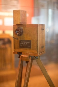 Cinématographe Lumière at the Institut Lumière, France. Such cameras had no audio recording devices built into the cameras.