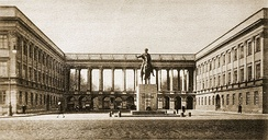 General Staff building (Saxon Palace), destroyed in World War II. In the photo, the arcade shelters the Tomb of the Unknown Soldier, before which stands Thorvaldsen's equestrian statue of Prince Józef Poniatowski.  In this building, from 1932, the Cipher Bureau broke the German plugboard military Enigma.