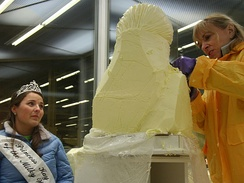 Linda Christensen sculpting Princess Kay in 2010
