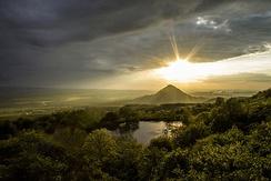Гора Шелудивая, вид с поляны возле Монастырскорго озера