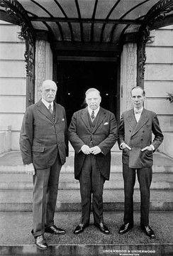 Sir Esme Howard, King, and Vincent Massey at the Canadian Legation during a visit to Washington in 1927