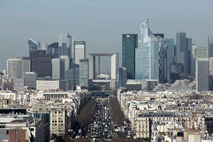 La Défense from the Arc de Triomphe, Paris 6 March 2015 003.jpg