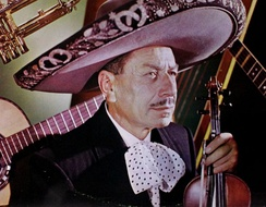 Silvestre Vargas (1901-1985), violins and musician of the Mariachi Vargas from 1921 to 1975, director from 1931 to 1955.