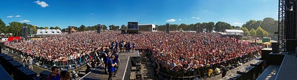 Vieilles Charrues Festival 2016 - Panoramic view on stage