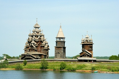 The wooden churches of Kizhi, built completely without nails and featuring such traditional elements of Russian architecture as the tented roof, multiple onion domes and bochka roofs.