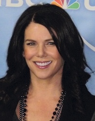 Lauren Graham, who played Lorelai Gilmore, received critical acclaim for her performance