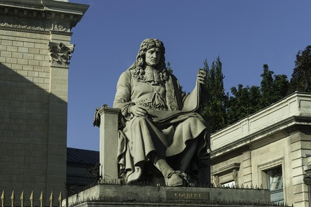 Statue of Jean-Baptiste Colbert, added with statues other famous royal ministers in 1810