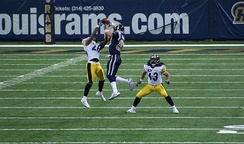 Pittsburgh Steelers defensive back Deshea Townsend jumps for the ball with St. Louis Rams wide receiver Drew Bennett