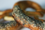 Brașov pretzels with poppy seeds and salt