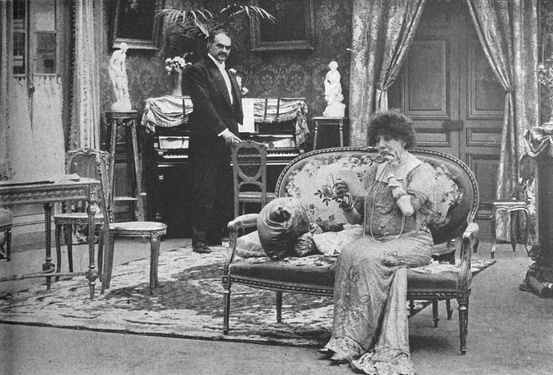 Bernhardt in the film Camille (La Dame aux camélias) with André Calmettes (1911)