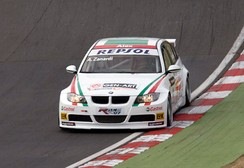 Zanardi driving a BMW 320si WTCC car at Brands Hatch in 2008