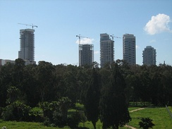 Park Tzameret residential neighborhood under construction