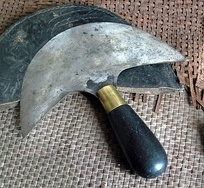 A shoemaker's knife.